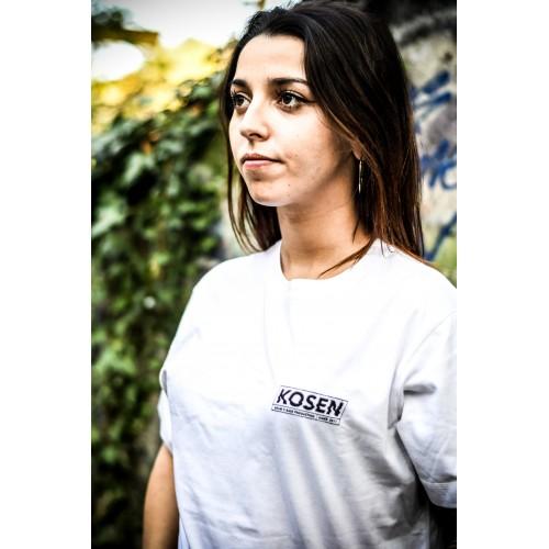 T Shirt Blanc Kosen Logo Porté